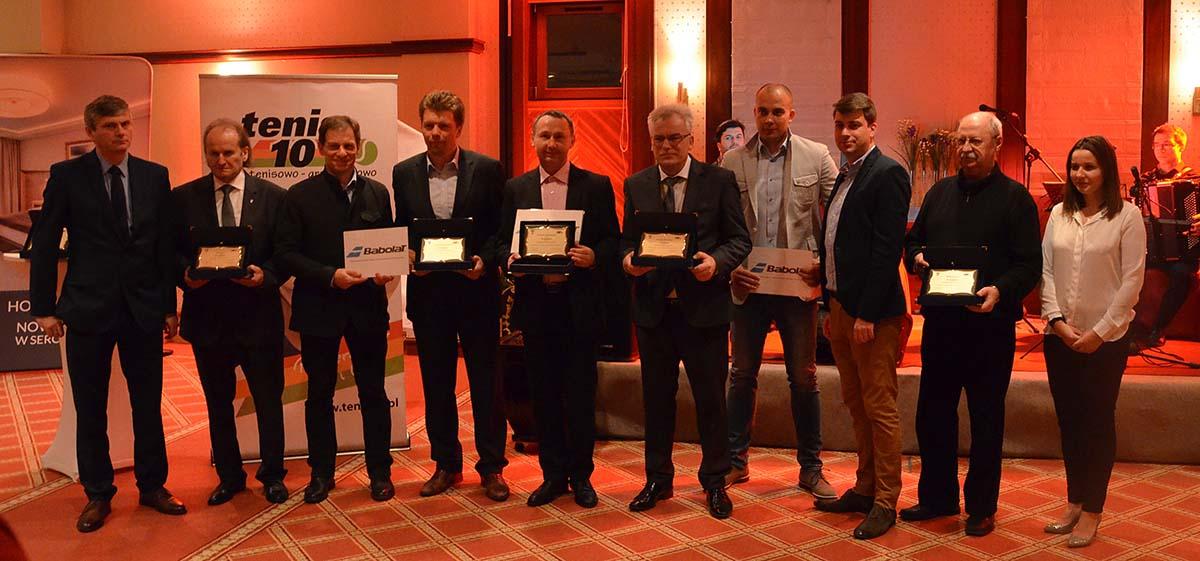 """Klub Sportowy """"Tennis Life"""" Brwinów na drugim miejscu w Polsce  w końcowej klasyfikacji konkursu Klub Roku Tenis10 2015!"""